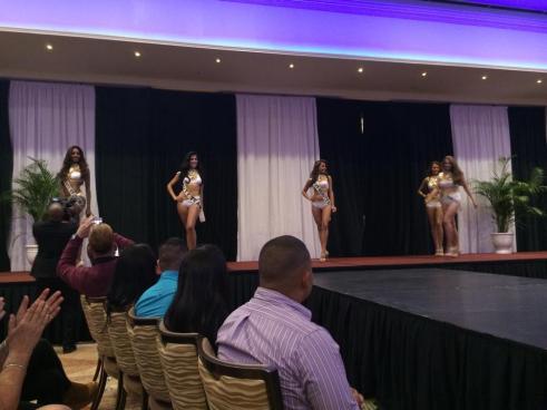 Miss Aruba 2014 - Prelims 01