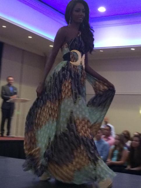 Miss Aruba 2014 - Prelims 03