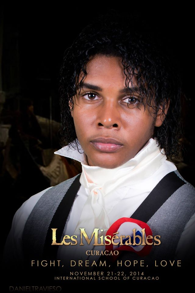 Andrew Aalse - Les Miserables 01